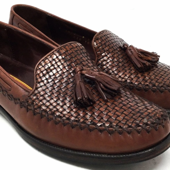 c0b77fb8385 Cole Haan Other - Cole Haan Men s Woven Tassel Shoes Size 8b Brown